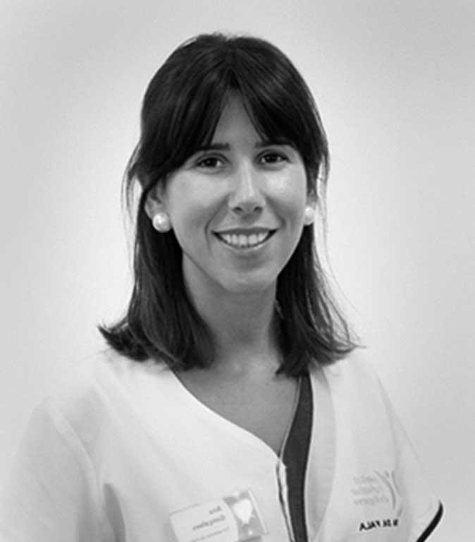 Dra. Ana Cecília Gonçalves